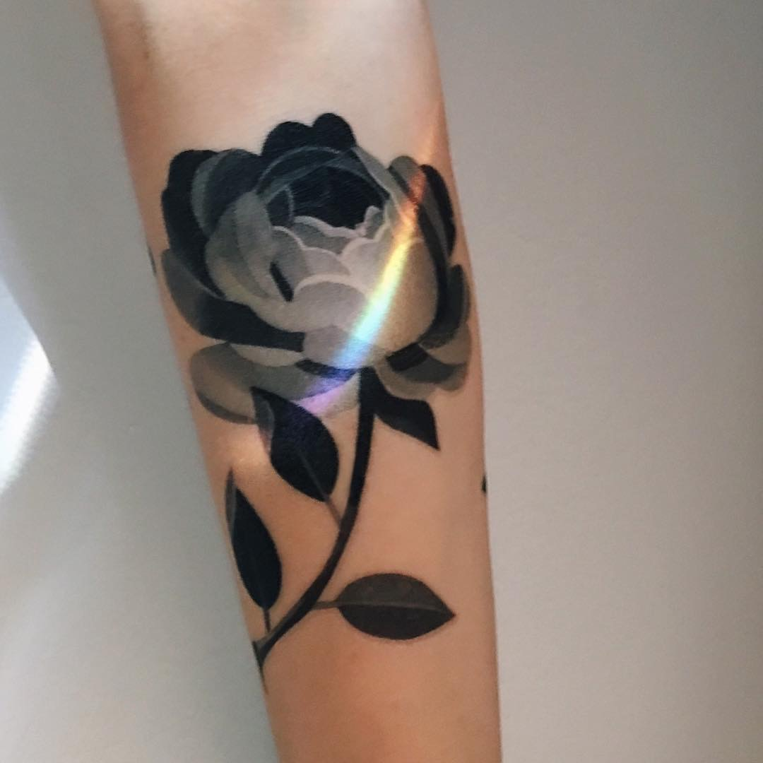 The art of tattooing by <b>Sasha Unisex</b> comes very close to nature ...
