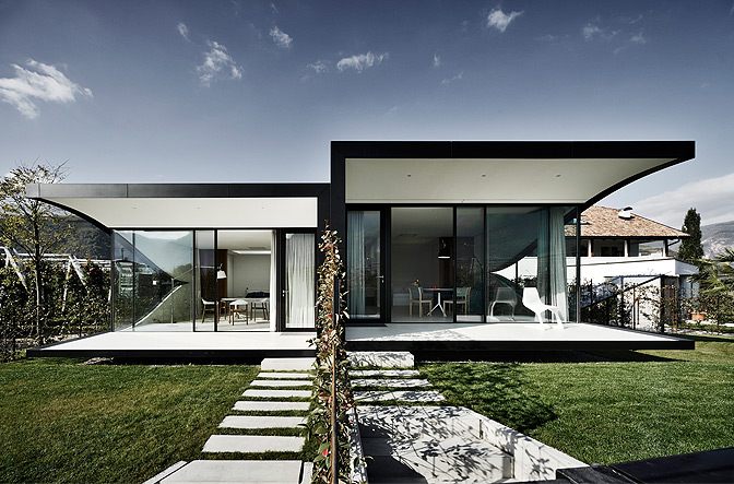 Mirror house tyrol_italy, Boutique Homes
